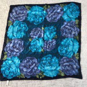 100% silk Oscar de la Renta scarf.  Beautiful